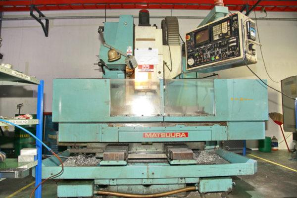 Máy phay CNC trucquan-rubber
